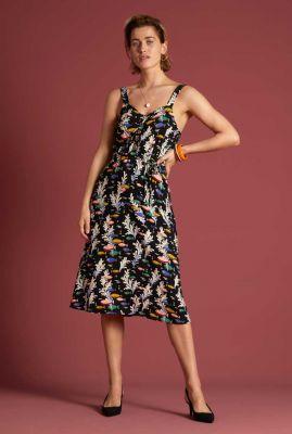 mouwloze jurk met grafische vissen print carine dress big sur 06008