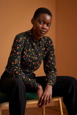 zwarte blouse met botanische print carina blouse morena 06506