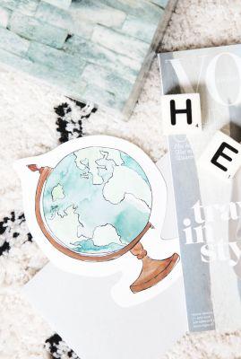 kaart in de vorm van een wereldbol  1066622