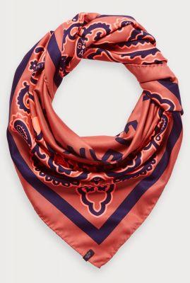 satijnen oversized sjaal met bandana print 154372