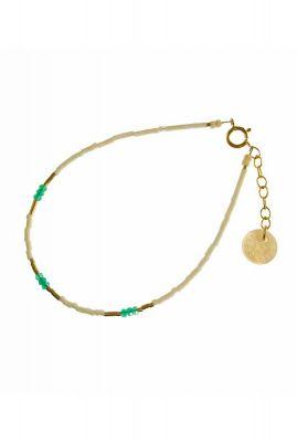 gouden armband met witte en groene kralen 2001A31