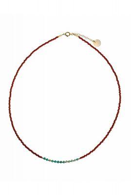gouden ketting met donker rode en turquoise kralen 2001K02