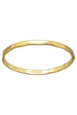 gouden ring met gehamerd dessin maat M 2001R35