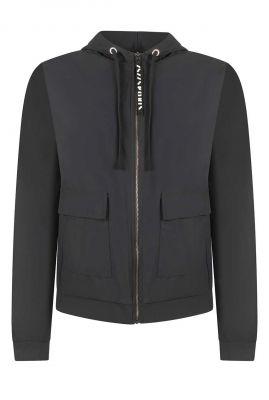 zwart vest jasje van travelstof met ritssluiting 215zoe