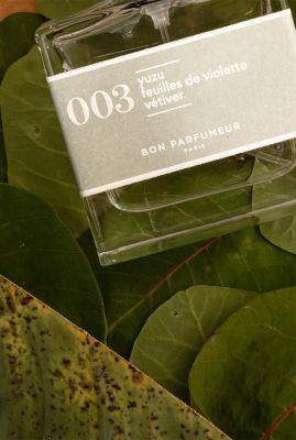 parfum met de geur van yuzu, violet en vetiver 30ml edp003