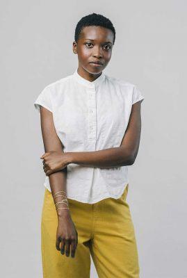 witte blouse met mao kraag en ingeweven dessin kibo blouse 2098