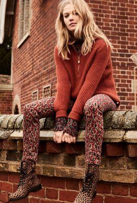 Roest kleurige gebreide trui van wol mix met rits Isa Pullover