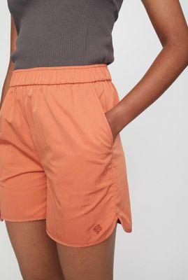 oranje short met elastische taille en steekzakken wish shorts