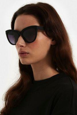 zwarte cat-eye zonnebril liz carbon kom-s6301