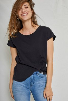 zwart basis t-shirt met ronde halslijn  violet basic boxy tee 90301512