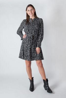 zwarte jurk met all-over dessin en ceintuur livia short dress 16077194