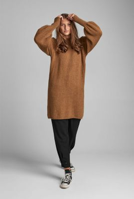 bruine gebreide jurk met pof mouwen nubella dress 7520828