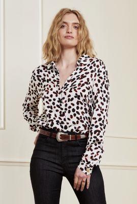 creme kleurige viscose blouse met stippen dessin perfect cato blouse