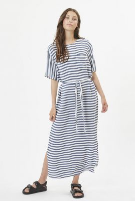 blauw wit gestreepte maxi jurk met ceintuur philla 8030