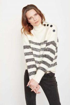 off white trui met gestreepte dessin en grote knopen kitty