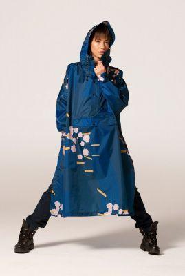 blauwe regenponcho met capuchon blossom japanese cherry