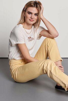 crème kleurig t-shirt met geborduurd opdruk ts lover