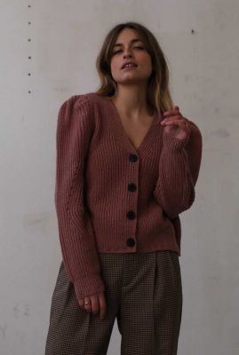 oud roze vest met v-hals en pofmouwen vide t107-1305