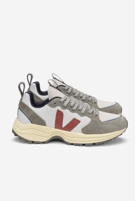 grijze sneakers met donker rood logo venturi alveomesh vt0102631