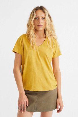 okergeel t-shirt met v-hals clavel wts00209
