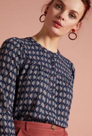 donker blauwe viscose blouse met print lisa blouse warrior 05590
