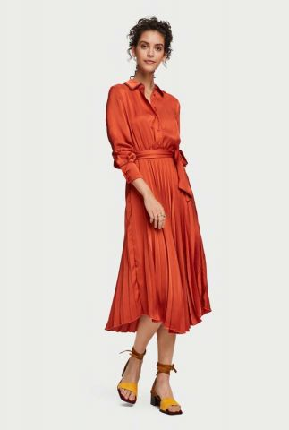 roestkleurige zijde look plissé jurk met ceintuur 155954