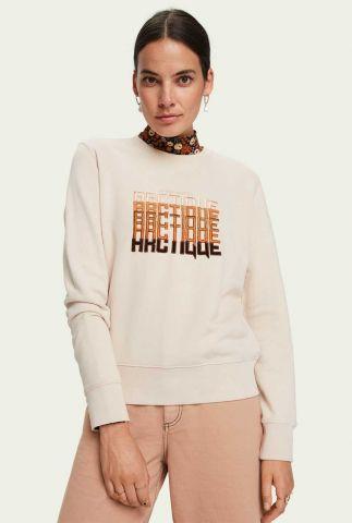 off-white sweater met geborduurde tekst opdruk 160397