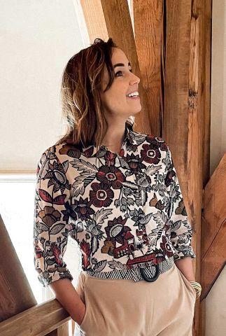off-white katoenmix blouse met grafisch bloemen dessin 161485