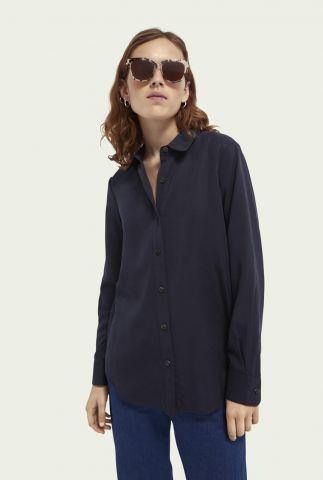 donkerblauwe tencel blouse met klassieke kraag 161491