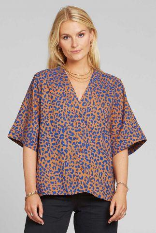 lichtbruine blouse met blauw luipaard dessin odense leopard 18440