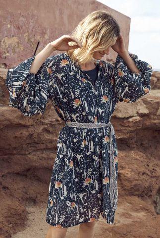donkerblauwe jurk met bloemen dessin roses midnight sp6495