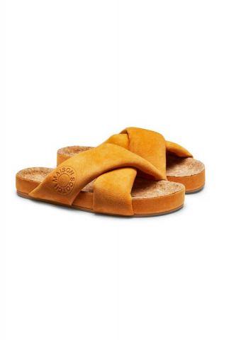 oker gele sandalen met gekruiste band en kurk zool 20763599