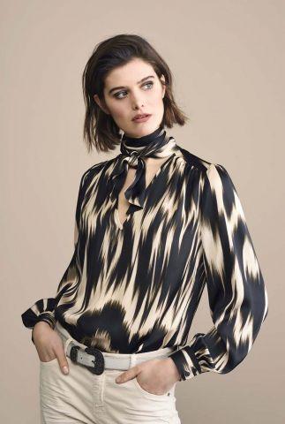 zijdelook blouse met sjaal kraag 2s2481-11244
