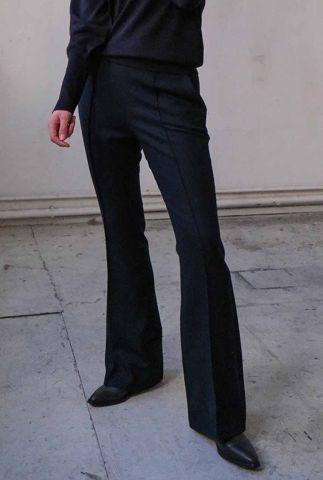 donkerblauwe broek met wijde broekspijpen rhosyn