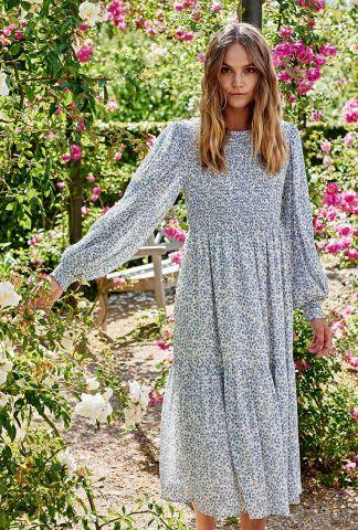 midi jurk met blauw bloemen dessin nucaltum dress 700461