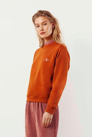 donker oranje sweater met geborduurde logo a sweater