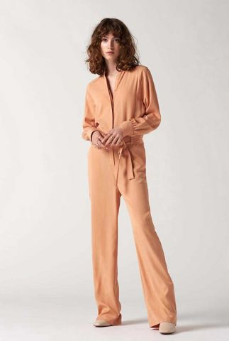jumpsuit van lyocell in peach kleur bihou jumpsuit l/s