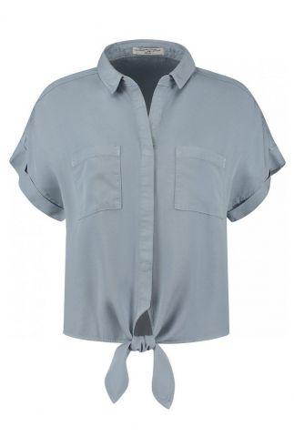 licht blauwe knoop blouse met korte mouw bobby s21.110.1322