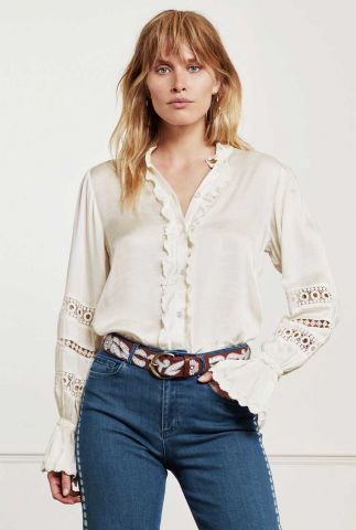 crème kleurige blouse met ruches en ajour details boho blouse