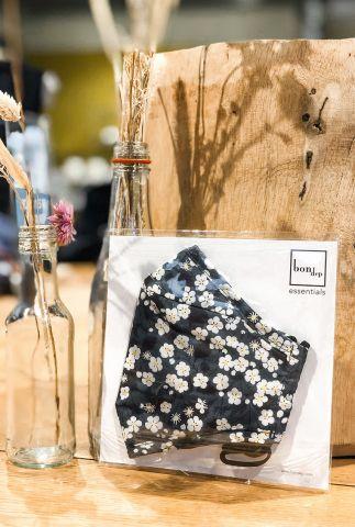 katoenen mondkapje met bloemen dessin liberty londen fabric mitsi
