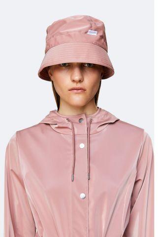 roze regenhoed bucket hat 2001