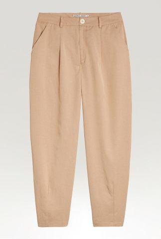 beige balloon leg broek van een zachte tencelmix tr vicky