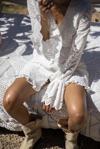 off-white jurk met broderie en ruffle details celeste dress