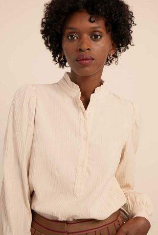 ecru kleurige blouse met ruches en pofmouwen calliste