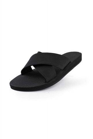 zwarte slippers met gekruiste banden cross