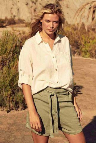 ecru kleurige linnenmix blouse met klassieke kraag dahlia s21.96.1966