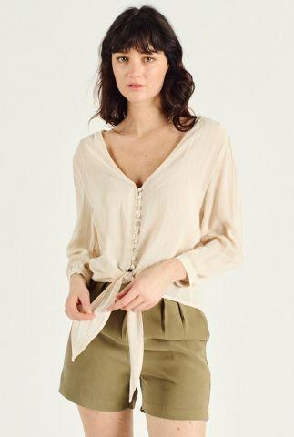creme kleurige blouse met v-hals en knoopdetail delia 58077
