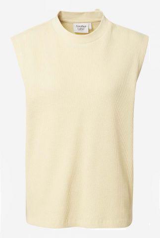 licht gele mouwloze top met structuur hélénie t-shirt