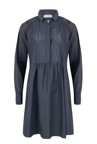 donker blauwe jurk met opengewerkte details iselin