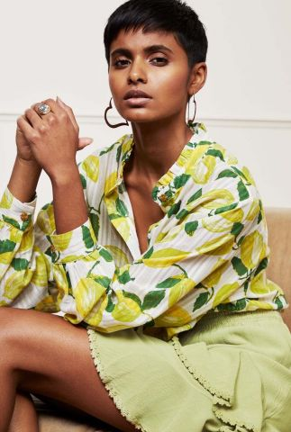 crème kleurige blouse met all-over citroenen print Jennifer Blouse